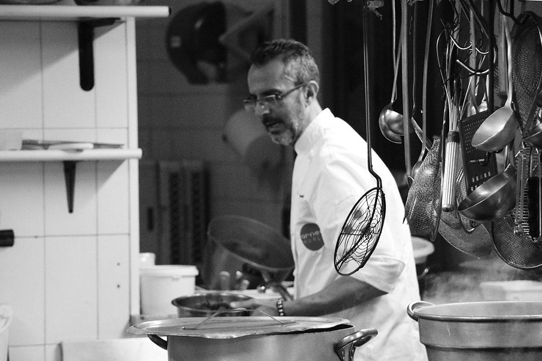 dario pierandi chef in cucina