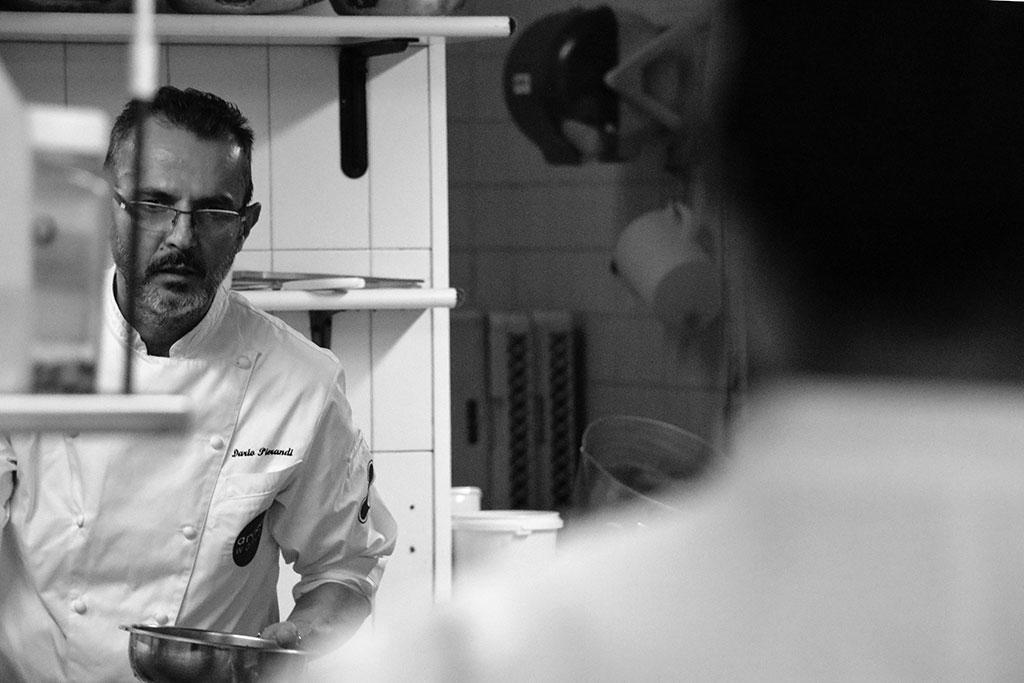 Dario Pierandi in cucina